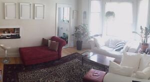 LARGE 3 1/2 - FURNISHED - DOWNTOWN