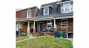 1,172 Sqft 3 Bdrm Home W/ 579 Sqft Bsmnt - South Riverdale
