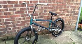 TOTAL BMX CUSTOM BUILD