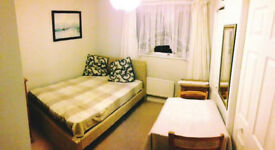 Very nice double room with ensuite bathroom and toilet