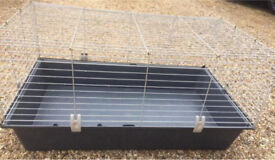 Small pet cage/carrier