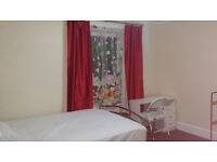 Large double room in Winton in quiet non smooking house
