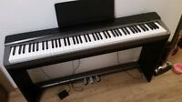 Casio Piano PX-130 + Stand + 3 intensive Pedals (88 keys)