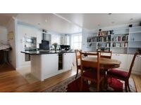 Spacious Two bedroom flat with Balcony,Wooden flooring and Porter service in Millennium Drive,London