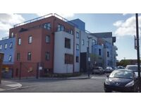 3 bedroom flat in Salisbury Road, Southall, UB2