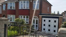 3 bedroom house in Wrexham Avenue, Walsall, WS2