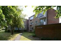 3 Bedroom Flat - Maidenhead SL6 5HF