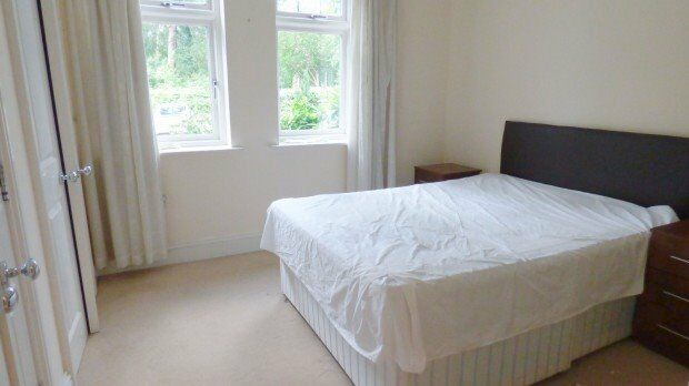 ** CALL TODAY ** 1 BEDROOM FLAT SOUTH NORWOOD ** DO NOT MISS OUT **