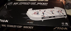 Stanley Cup Table Hockey Montreal Canadiens /Toronto Maple Leafs
