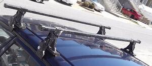"""""""THULE"""" traverse roof Rack/ Support de toit"""