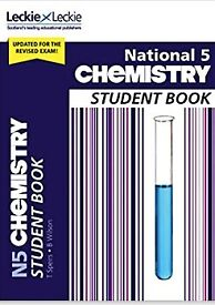 National 5 Chemistry: Comprehensive textbook for the CfE Paperback – 10 Oct. 2018
