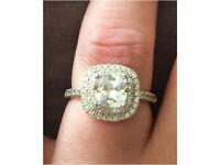 18k white gold engagement ring designer