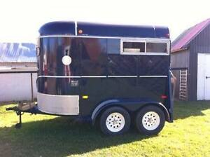 2 Horses Trailer Bumper - Excellent condition