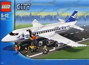 LEGO PASSENGER PLANE #789 3NEW, RARE, IN BOX COLLECTOR'S PIECE!
