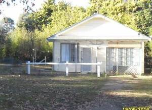 whole cottage  2bedroom fully furnished $220/wk+your own utilitie Armidale Armidale City Preview