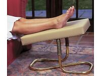 LEG REST STOOL ADJUSTABLE IDEAL FOR PEDICURE USE ORTHOPAEDIC ETC RRP £99.95