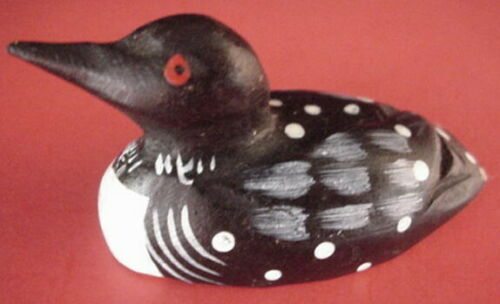 Miniature Carved Solid Wood Duck Decoy Common Loon Hand Painted Mini Waterfowl