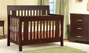 Chambre de bébé Emilia (2 mcx)-Emilia Nursery (2 pcs)
