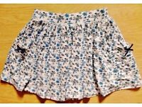 New Child Girl's White & Blue Floral Pattern Gathered Summer Skirt.Age 2-3 Years