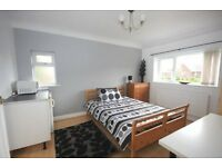 all inclusive studio flat - short term let £100 pw Stafford