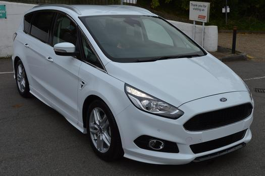 2016 ford s max 2 0 tdci 180 titanium sport 5 door diesel estate in high wycombe. Black Bedroom Furniture Sets. Home Design Ideas