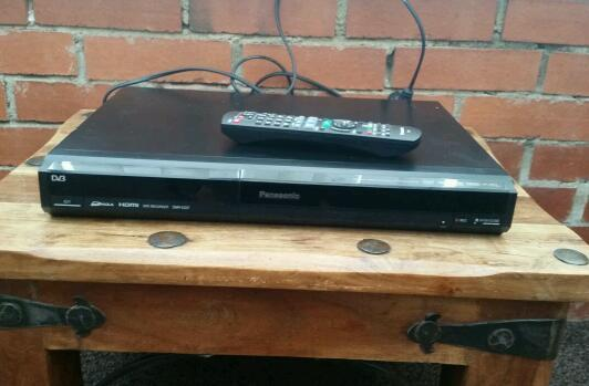 Panasonic, dvd-recorder with remote control, HDMI port