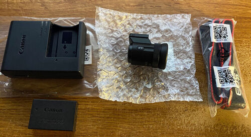 Canon EVF-DC2 Electronic Viewfinder - Black with Battery, Charger and Strap