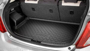TOYOTA YARIS CARGO MAT HATCH FROM SEPT 11  NEW GENUINE ACCESSORY