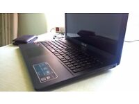 ASUS LAPTOP F552W (Located in Spain)