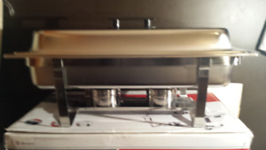 NEW IN BOX - TWO STAINLESS STEEL CHAFERS (9QT)