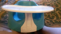 Bumbo avec tablette/Bumbo with tray