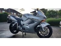 Gorgeous Honda VFR 800, runs like a dream, new MOT, side boxes included.