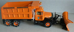 First Gear MACK R-Model Dump Truck with Plow