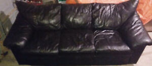 SET - 2 BLACK LEATHER COUCHES
