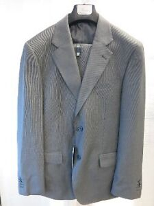 New men's suit (never used)