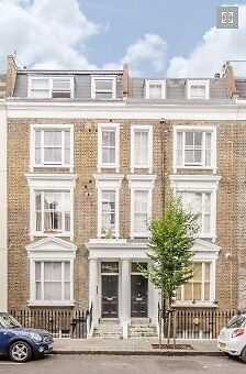 Wonderful one bedroom second floor flat in the heart of Earls Court