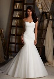 Brand new - never worn - MORI LEE wedding gown size 10