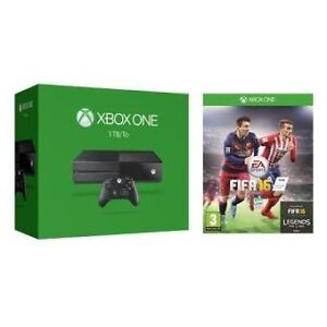 Xbox One With Controller & FIFA 16