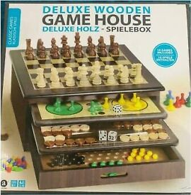Deluxe wooden games house Brand New