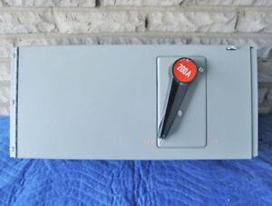 FPE QMQB 200 AMP, 240 VAC PANELBOARD SWITCH (QMQB2032) ~ RARE!