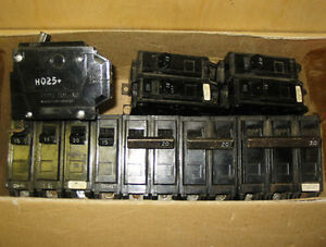 GENERAL ELECTRIC 'THQB' BOLT-ON CIRCUIT BREAKERS ~ MIXED LOT!