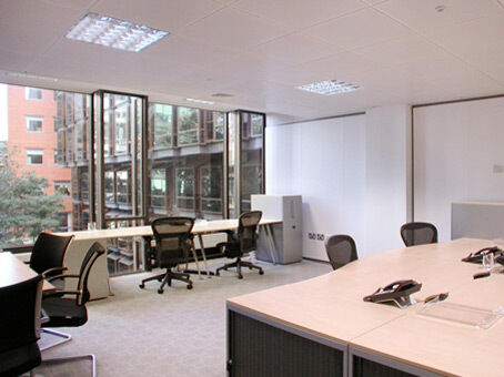 Get a distinguished Manchester business address from £189pm with a Regus virtual office