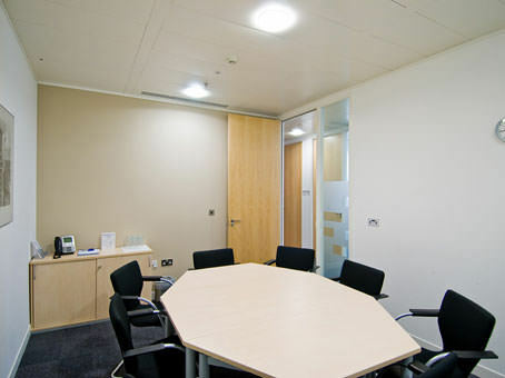 Professional business address in Manchester from £219pm with Regus virtual offices