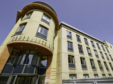 Professional Serviced Office in Edinburgh, EH3. Fantastic facilities. Prices from £249