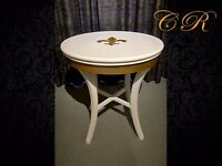 Couronne Royale - A Round Side Table