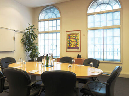 Prestigious business address to impress from £209pm with Regus virtual offices