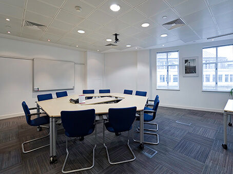 Professional Office Space in London, EC4N. Fantastic Facilities, From £209pm