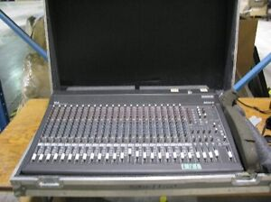 Mackie 24 Channel with Case