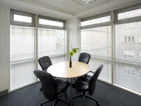 A professional business address to impress in Edinburgh from £155pm