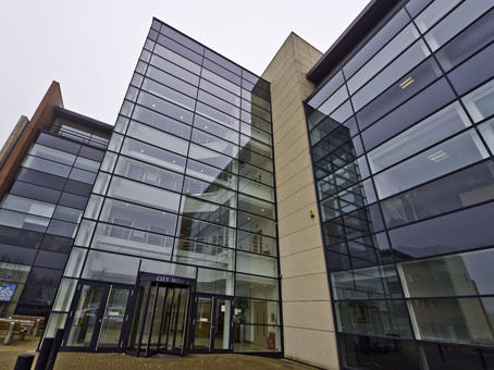 Need office space? Work ready from one person to an entire team. Regus price from £269pm